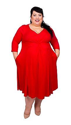 57f286fd5c3a6 Scarlett   Jo - Red viscose midi length plus size jersey dress