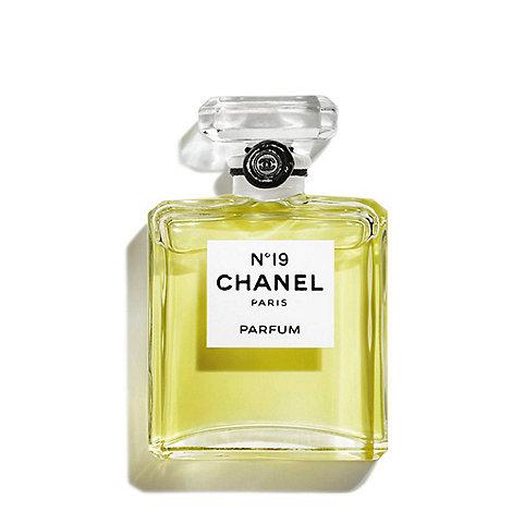 CHANEL - N°19 Parfum 7ml